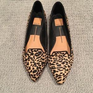 Dolce Vita leopard flats, perf cond
